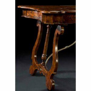 Bragança Writing Table