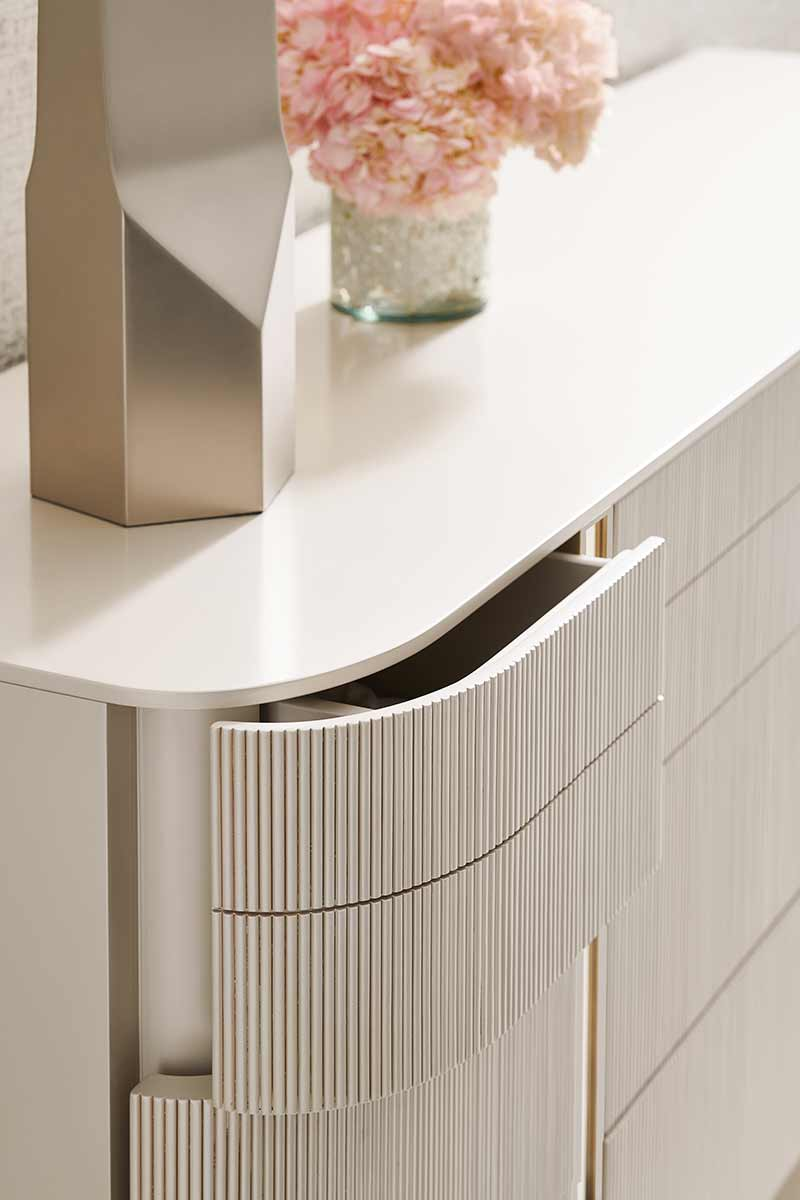Love at First Sight Dresser | Contemporary Modern Luxury Exclusive Elegant Designer Handcrafted Furniture